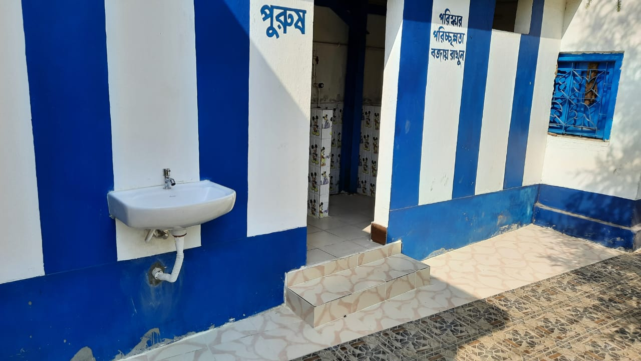 Kolkata Customs Zone inaugurated the Swachhyata Project under which renovation, reconstrution and face lift of toilets, bathing space, drainage and sewerage system of Calcutta Blind School, a 125 years Old